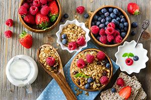 یک صبحانه سالم و کامل از نظر متخصصین تغذیه چیست؟