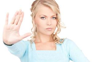 چگونه یک زن قاطع در مقابل شوهرم باشم؟