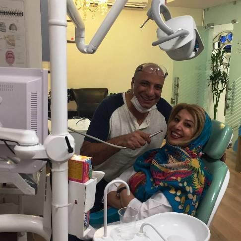 عکس امیر جعفری در مطب دندانپزشکش