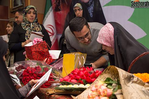 مراسم جشن امضای کتاب مژده لواسانی