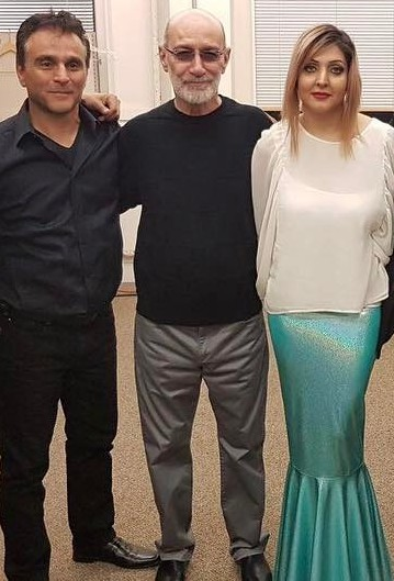 سیاوش قمیشی در کنار همسرش