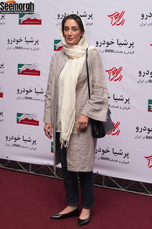 مدل مانتو هدیه تهرانی در اکران مردمی رگ خواب