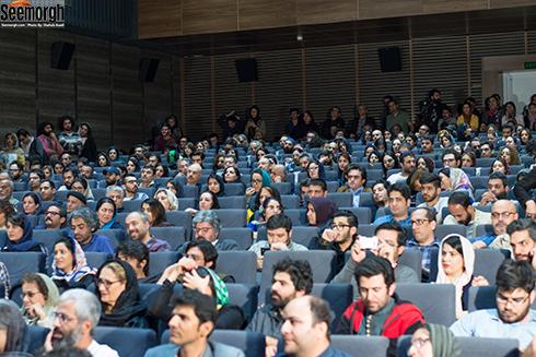استقبال مردم از اکران فیلم هجوم