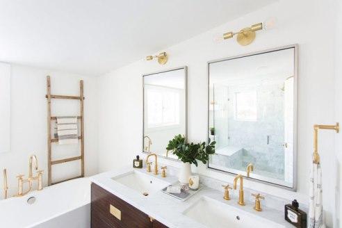 براي خوشبو نگه داشتن خانه، حمام و دستشويي را کاملا تميز کنيد