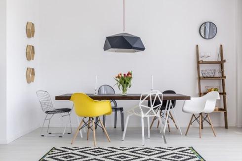 ست کردن میز و صندلی