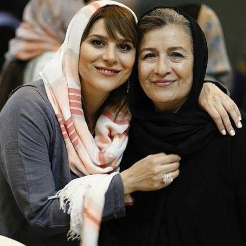 سحر دولتشاهی و مادرش