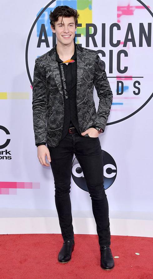 مدل کت و شلوار شاون مندس Shawn Mendes در American Music Awards 2017
