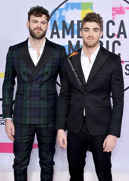 مدل کت و شلوار گروه The Chainsmokers در American Music Awards 2017