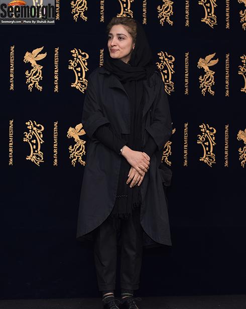 مدل مانتو بازيگران در هفتمين روز سي و ششمين جشنواره فجر - مينا ساداتي