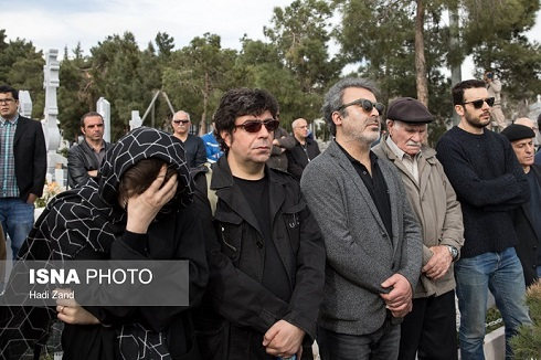 پدرام شريفي و مجيد برزگر در مراسم تشييع پيکر و خاکسپاري لوون هفتوان
