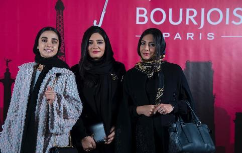 ليندا کياني و الهه حصاري در مراسم برند بورژوا فرانسه