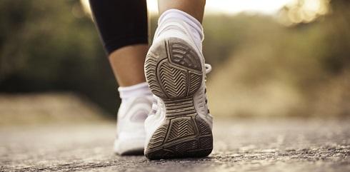 کاهش افسردگی با پیاده روی روزانه