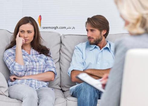 در مورد این خیانت با یکی از دوستان یا اعضای خانواده خود که به او اعتماد دارید صحبت کنید