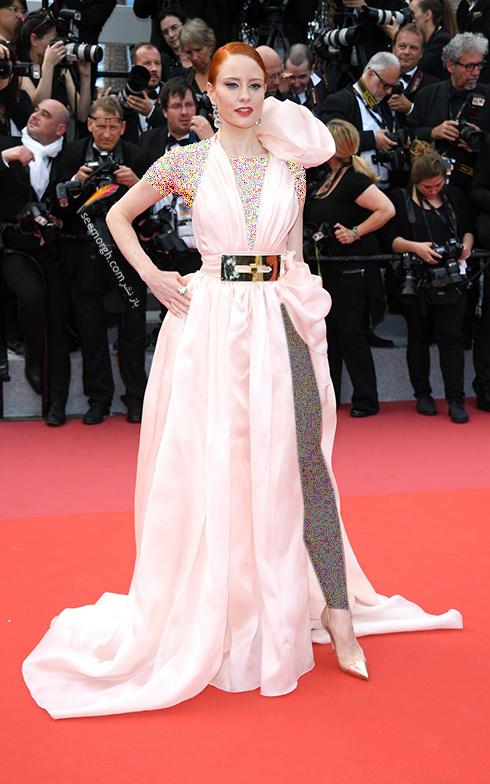 مدل لباس در افتتاحیه جشنواره کن 2018 Cannes - باربارا میر Barbara Meier
