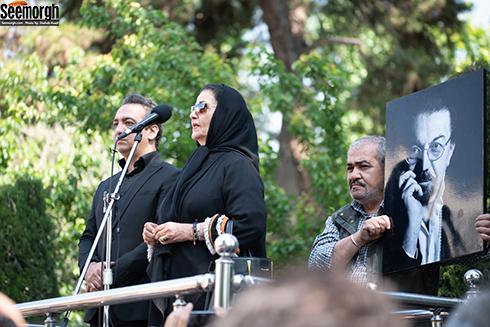 پوری بنایی در مراسم تشییع ناصر چشم آذر