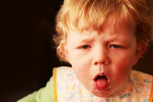 درمان سرفه کودکان چه زماني سرفه کودکان را جدي بگيريم؟