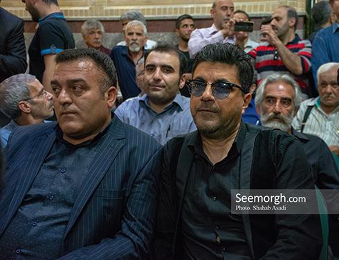 امیرارژنگ کاظمی (سامان) در مراسم یادبود ناصر ملک مطیعی 1
