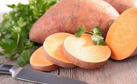 سیب زمینی شیرین در رژیم غذایی دواین جانسون معروف به راک