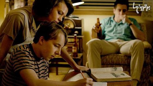جک جیلنهال و گری مولیگان در فیلم حیات وحش