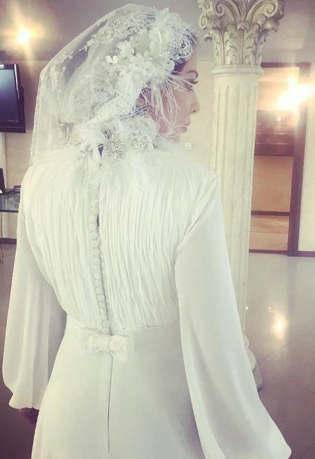 لیلا اوتادی در لباس عروس