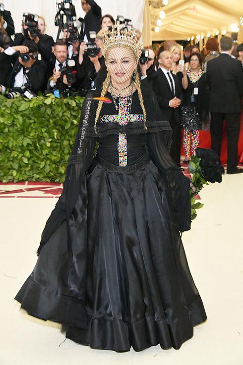 بدترین مدل لباس در مراسم مت گالا Met Gala 2018 - مدونا Madonna