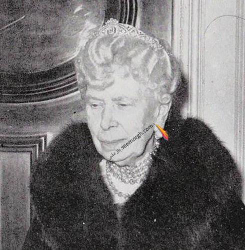 تاج مگان مارکل Meghan Markle روی سر مادربزرگ ملکه