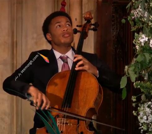 موزيسين جواني که به توسط پرنس هري به مراسم عروسي دعوت شد