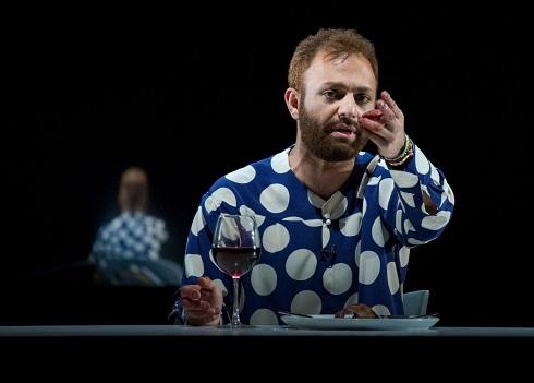 صابر ابر در نمایش مالی سویینی