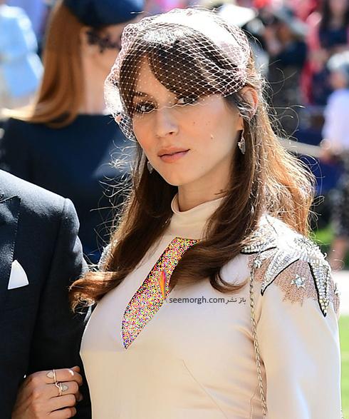 مدل کلاه تروایان بلزیاریو Troian Bellisario در عروسی مگان مارکل Meghan Markle و پرنس هرس Prince Harry