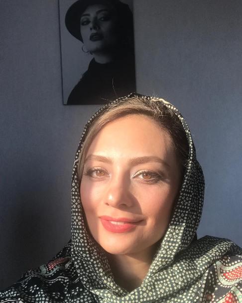 سلفی یکتا ناصر چهره اش