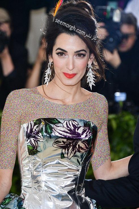 گوشواره امل کلونی Amal Clooney از برند لورین شوارتز Lorraine Schwartz در مت گالا 2018 Met Gala