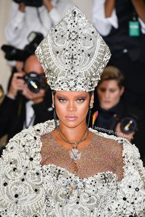 گردنبند ریحانا Rihanna از برند کارتیر Cartier در مت گالا 2018 Met Gala