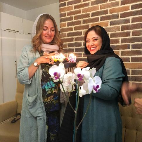 مهناز افشار در کنار مریم سلطانی در جشن تولدش