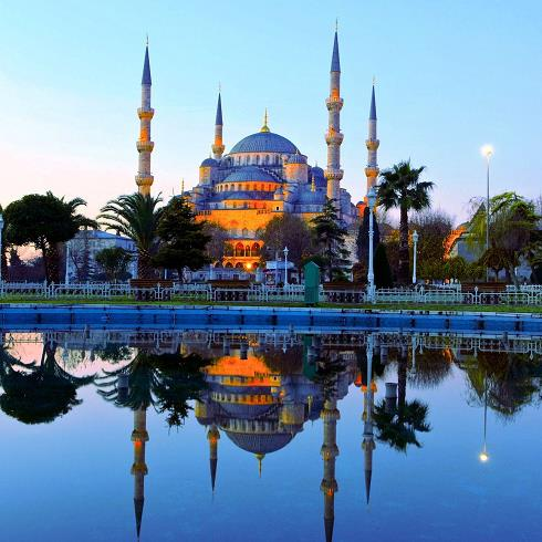 مسجد سلطان احمد اول,مساجد ترکیه,مسجد لاجوردی