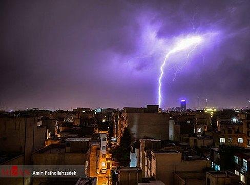 عکس رعد و برق در تهران