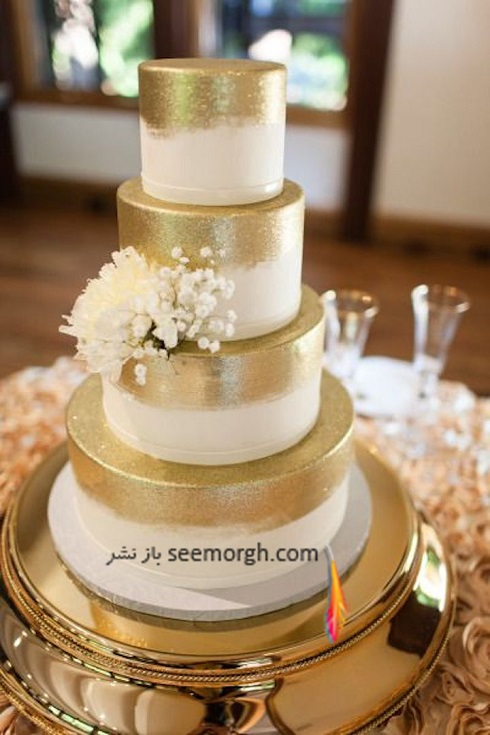 کيک عروسي,کيک عروسي با تم طلايي,کيک عروسي به رنگ طلايي,کيک عروسي دو رنگ کرم و طلايي