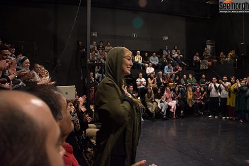 حضور سحر قریشی در جمع تماشاگران نمایش چلچلا