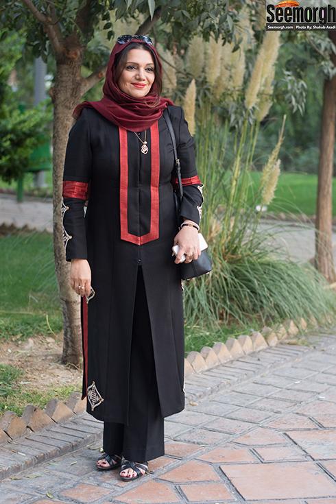 مدل مانتو الهام پاوه نژاد در جشن سالانه کانون ملی منتقدان تئاتر ایران