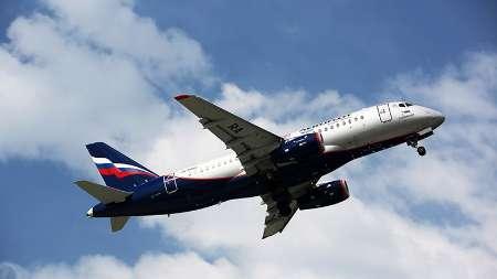 چاله هوایی 25 مسافرهواپیما را مصدوم کرد
