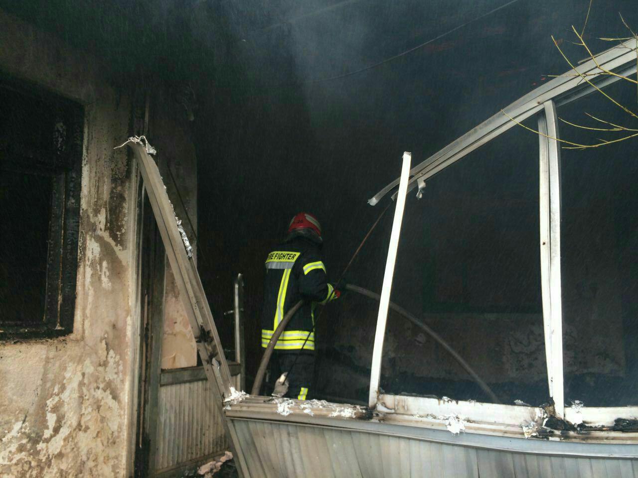آتش سوزی گستره یک خانه ویلایی