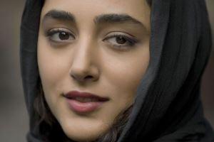 گلشیفته فراهانی از پشت صحنه درباره الی یک عکس سلفی منتشر کرد!