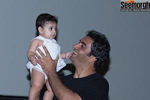 عکس هایی شیرین از محبت کردن یکتا ناصر و منوچهر هادی با دخترشان