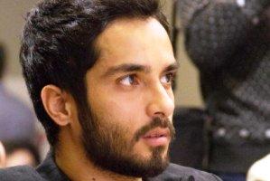 جنجال انتشار عکس از سنگ قبر سگ اقای بازیگر ایرانی!! + عکس