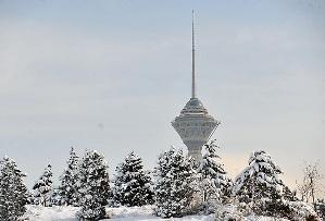باور می کنید این عکس فوق العاده از تهران در یک روز برفی است!!