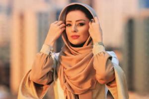 توهین های عجیب به بازیگر زن کشورمان بخاطر مدل لباسش!! + عکس