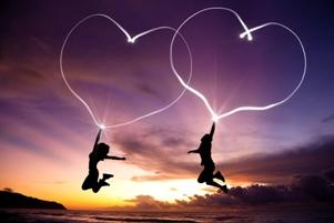 نوشته عاشقانه و زیبای حسن فتحی: تو را برای دوست داشتن دوست می دارم