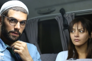 فروش فیلم های شبکه جم در سوپرمارکت های تهران!! عکس