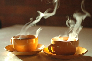 خوردن چای داغ ممنوع