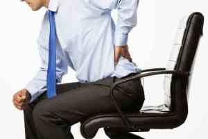 تیرگی پشت لب کمردرد را با روش طبیعی درمان کنید!!