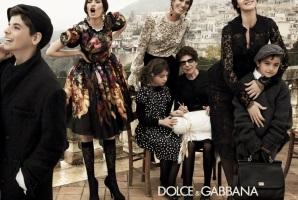 0e7870eba8f4a3954fe82a85f74795c7 10 برند گران و برتر لباس در دنیای مد